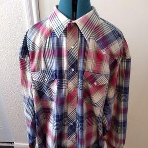 Wrangler Men's Western Plaid Long Sleeve Shirt